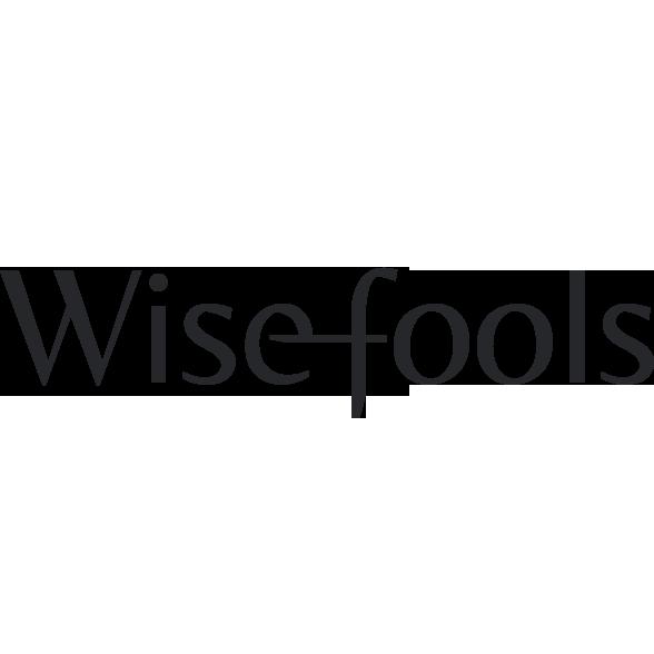 Het logo bestaat uit de naam Wisefools met een verbinding tussen de letters e en f